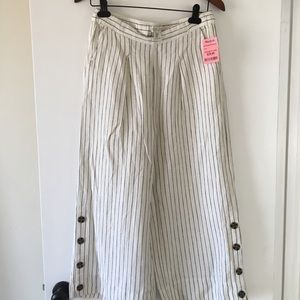 Stylish white and black pants